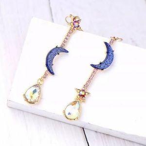 Jewelry - Moon and Stars Rhinestone Earrings ✨🌛🌟🌜✨